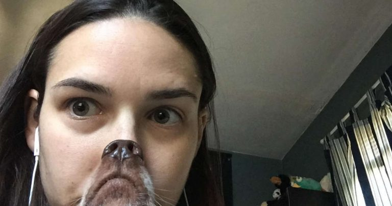 Woman Attempts To Take A Cute Picture With Her Dog And The Result Goes Hilariously Wrong